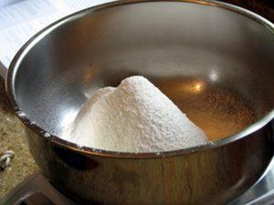 Cách làm bánh gato nồi cơm điện